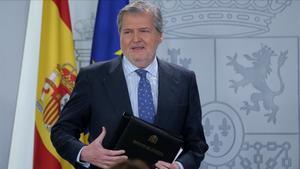 Íñigo Méndez de Vigo comparece ante los medios tras el Consejo de Ministros.