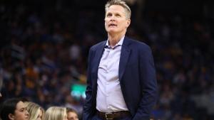 Steve Kerr, en una imagen de esta temporada en el banquillo de los Warriors