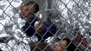 Biden inicia el reagrupamiento de las familias separadas por Trump en la frontera