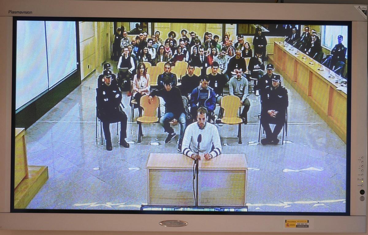 Juicio a los ocho acusados de agredir a dos guardias civiles en Alsasua.