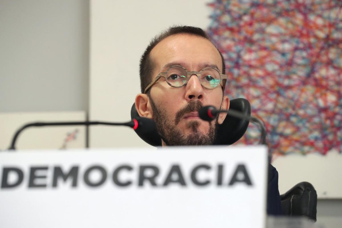 GRAF1775 MADRID  27 11 2017 - El secretario de organizacion de Podemos  Pablo Echenique  durante la rueda de prensa que ofrecio tras la reunion del Consejo de Coordinacion de Podemos EFE Zipi