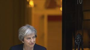 Guerra a la Gran Bretanya entre partidaris del 'brexit' suau i el dur