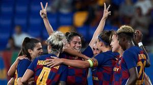 Las jugadoras del Barça femenino celebran un golen el estadio Johan Cruyff de Barcelona, el pasado octubre.