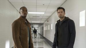 Anthony Mackie (Sam Wilson) y Sebastian Stan (Bucky Barnes) en 'Falcon y el Soldado de Invierno'.