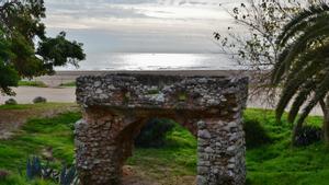 Playa del Far de Sant Cristòfol de Vilanova i la Geltrú.