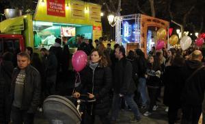 Ambiente en la celebración de la Shopping Night del año pasado, en el paseo de Gràcia.