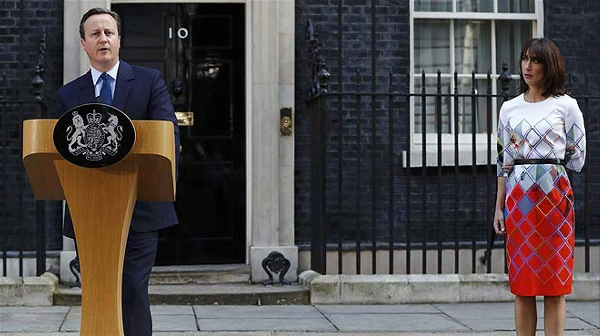 David Cameron anuncia su dimisión tras la victoria del 'brexit'.