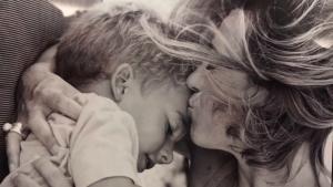 Emotiu missatge de la família de Carme Chacón agraint les mostres d'afecte