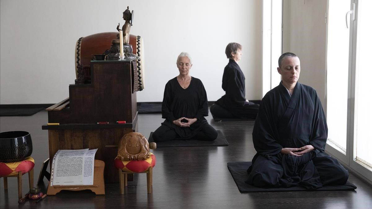 Meditación en el Dojo Zen Kannon de Barcelona.