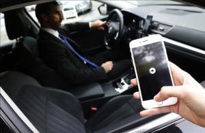 Uber perd la batalla amb els taxistes de Barcelona