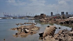 Vista del puerto de Beirut, este sábado.