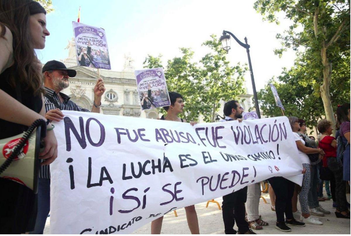 Protesta en Madrid, en 2019, a raíz de la primera sentencia de la violación de los San Fermines de 2016
