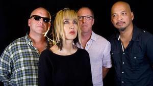 La banda de Boston Pixies, con la bajista Kim Shattuck en primer término