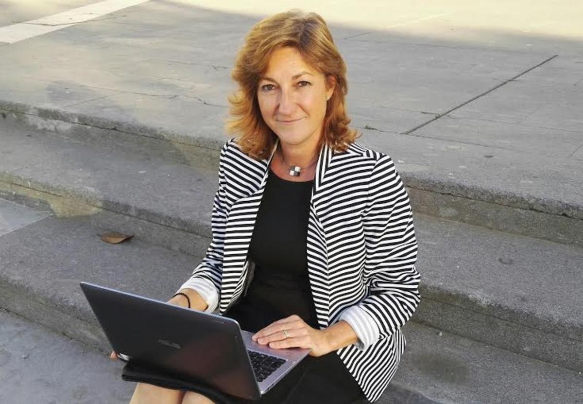 """Alicia Pomares, autora del libro""""Conectar Talento, Proyectar Eficacia"""""""