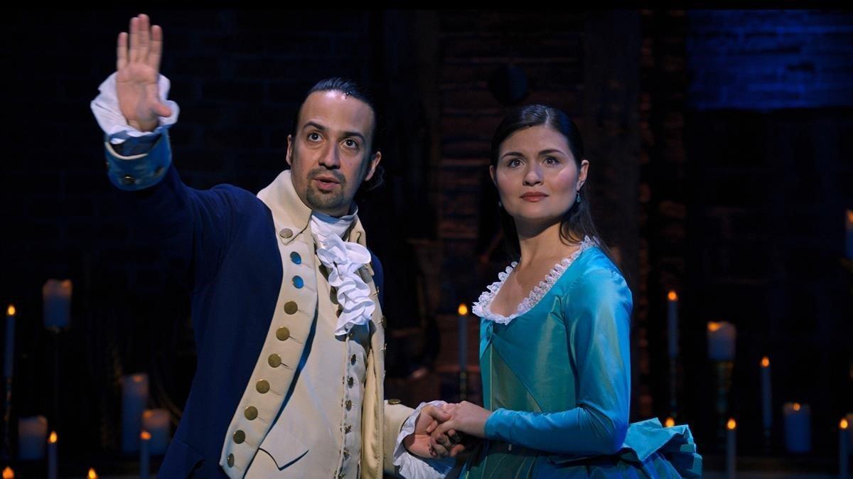 Lin-Manuel Miranda y Philippa Soo en una imagen de 'Hamilton'.