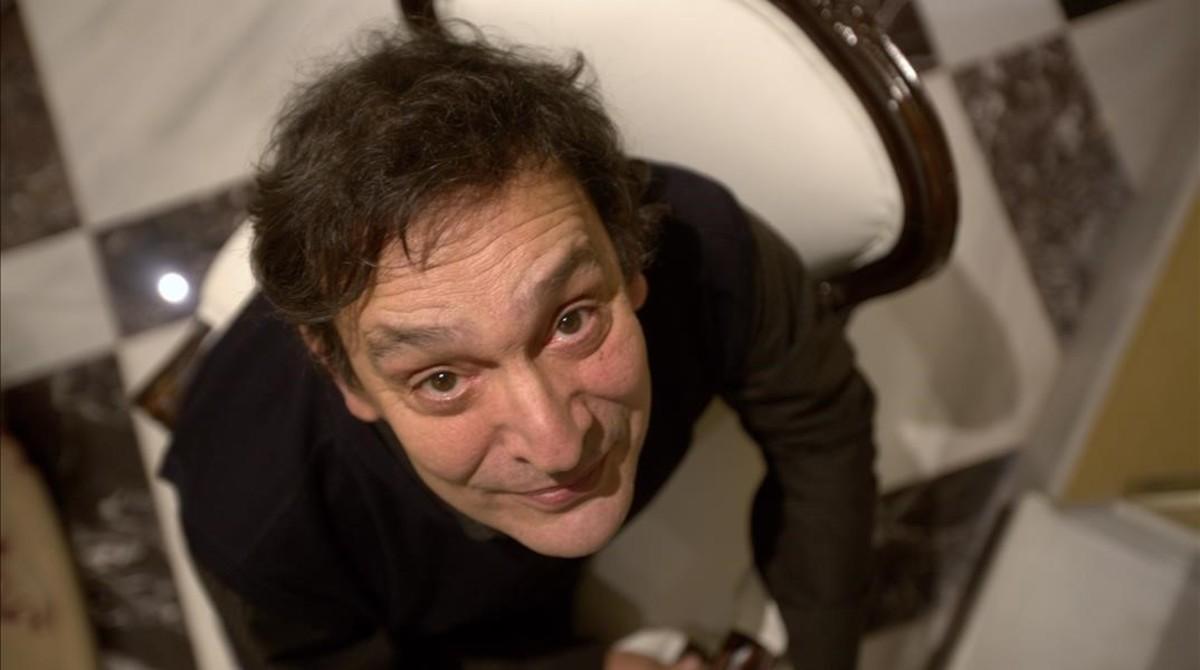 Agustí Villaronga, cineasta que hizo historia en los Goya 2011 con 'Pa negre', en Madrid, donde presentó 'Incerta glòria', que se estrena el viernes.