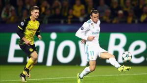 Bale remata a gol en el partido contra el Dortmund el 26 de septiembre, el último que ha jugado esta temporada.