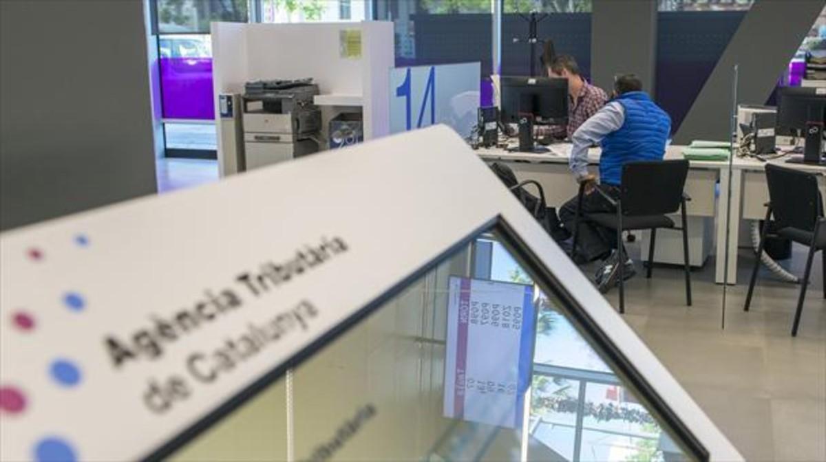 Oficinas de la Agència Tributària de Catalunya en el paseo de la Zona Franca de Barcelona.