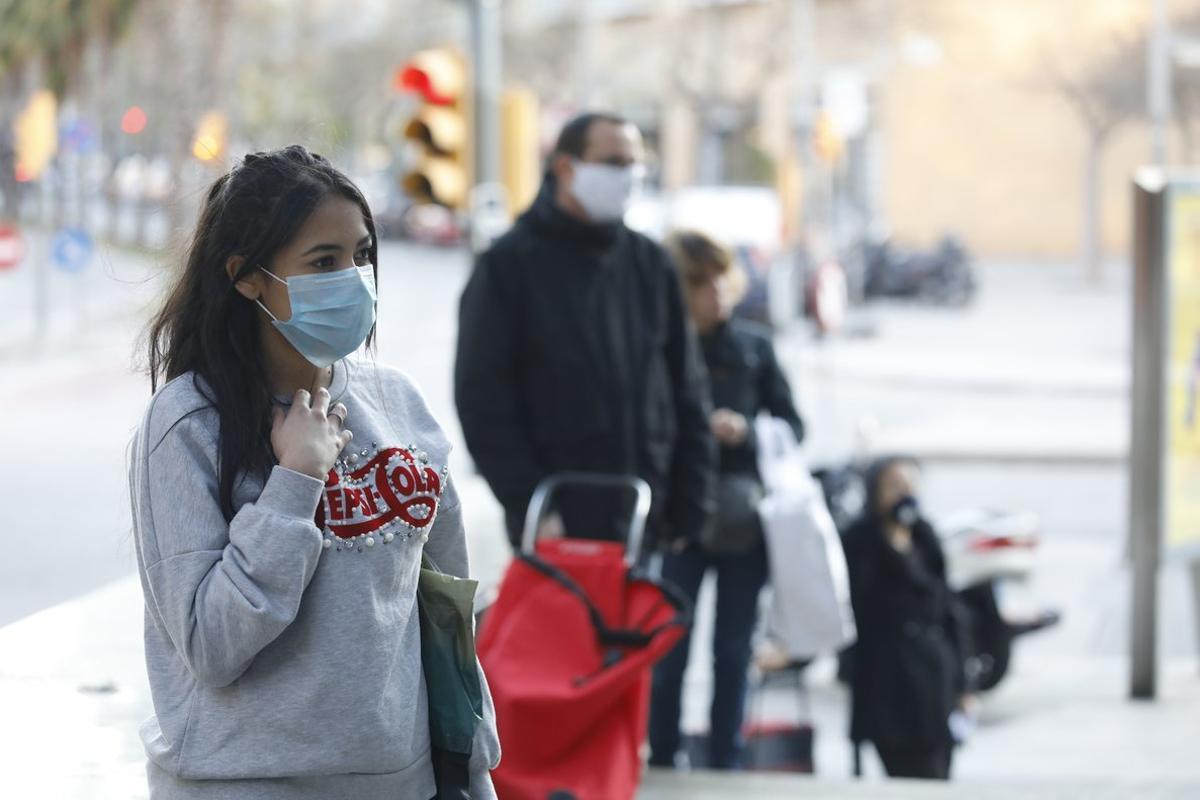L'OMS avisa que les mascaretes de cotó poden ser una font potencial d'infecció