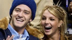 Britney Spears y su entonces novio Justin Timberlake, en un partido de la NBA en el 2002.