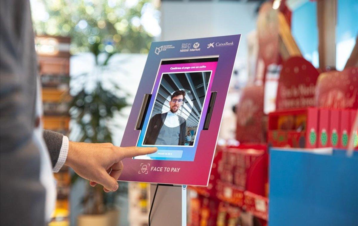 La tienda Nestlé en Esplugues, la primera de alimentación que permite pagar con reconocimiento facial