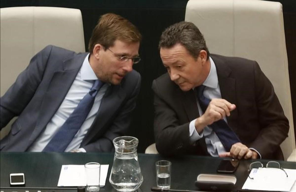 Los ediles del PP en Madrid Íñigo Henriquez de Luna y José Luis Martínez Almeida.