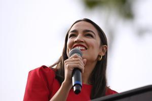 Alexandria Ocasio-Cortez, una de las congresistas demócratas que ha revalidado su escaño.