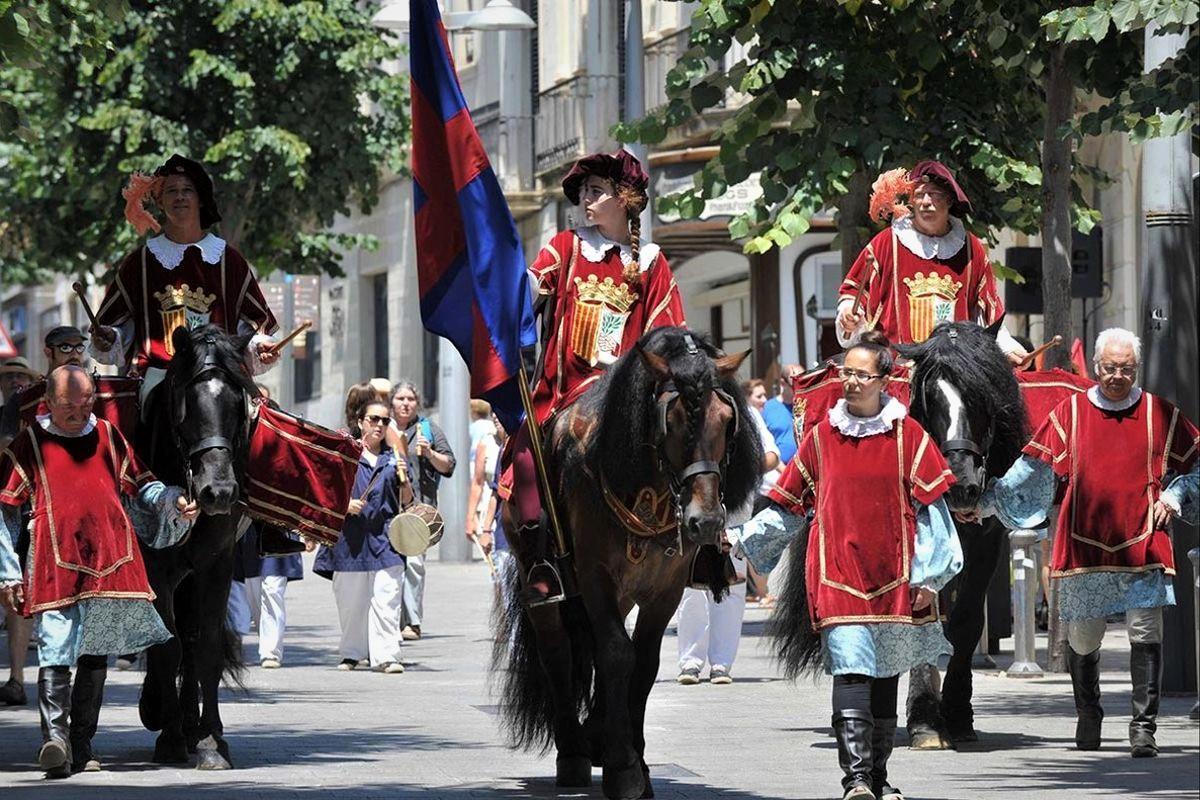 Imagen de archivo del Herald de les Santes de Mataró.
