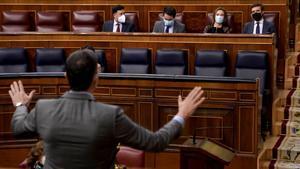 Sánchez se dirige al Congreso, en una foto del 25 de marzo de este año.