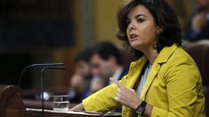 La vicepresidenta del Gobierno, Soraya Sáenz de Santamaría, durante su intervención en el pleno del Congreso de los Diputados sobre el CETA.