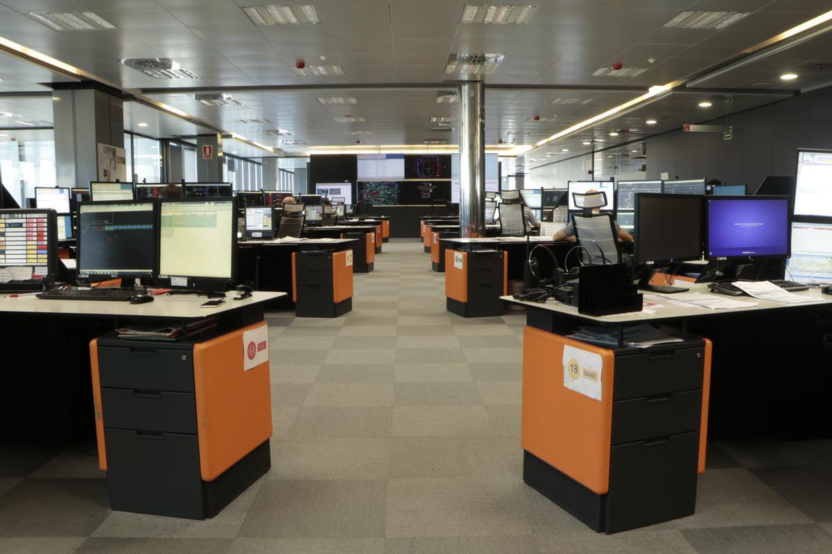 El Centro de Control de Endesa trabaja 24 horas durante los 365 días del año para mejorar y mantener el correcto funcionamiento de la red eléctrica