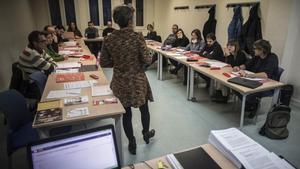 Uns 25.000 docents pugnaran per 2.000 places en les primeres oposicions en set anys