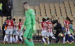 El Athletic celebra uno de los goles de la final
