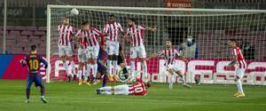 Messi consigue, con un gran lanzamiento de falta, el 1-0 del Barça sobre el Athletic.