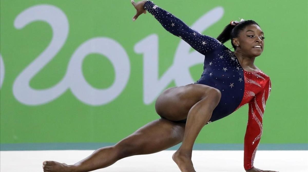 Simone Biles, en un ejercicio de suelo en Río.
