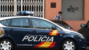 Cau una xarxa que transportava droga amb un vehicle amb doble fons hidràulic