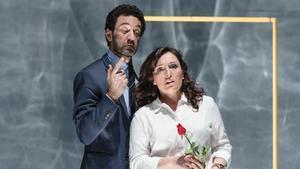 Sébastien Soules y Elena Copons, en la representación de 'DisPLACE'.