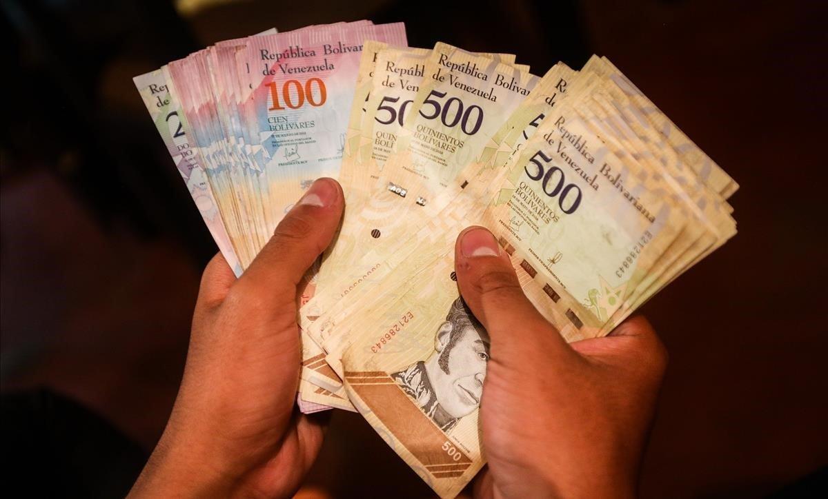Billetes de bolívares venezolanos.