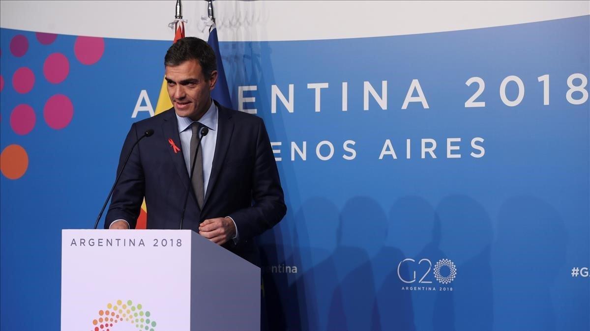 Sánchez, durante la rueda de prensa en Buenos Aires.