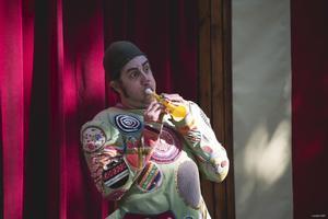 El Festival Al Carrer de Viladecans potencia els espectacles circenses en la seva 30a edició
