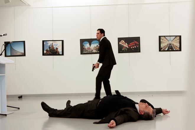 Cadena perpetua a cinco civiles por el asesinato del embajador ruso en Turquía