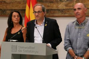 Quim Torra comparece en el Palau de la Generalitatjunto a los miembros delConsell assessor per a l'impuls del Fòrum Cívic i Social pel Debat Constituent, quepresideLluís Llach.