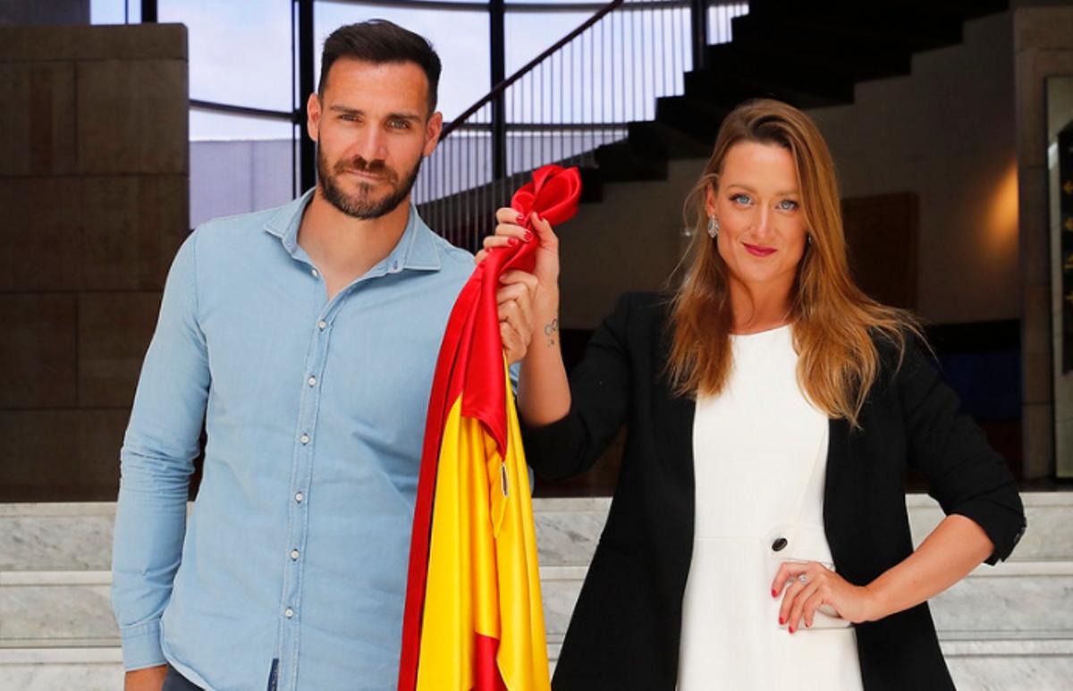 Saúl Craviotto y Mireia Belmonte, en el acto del pasado mayo en el que fueron confirmados como abanderados del COE