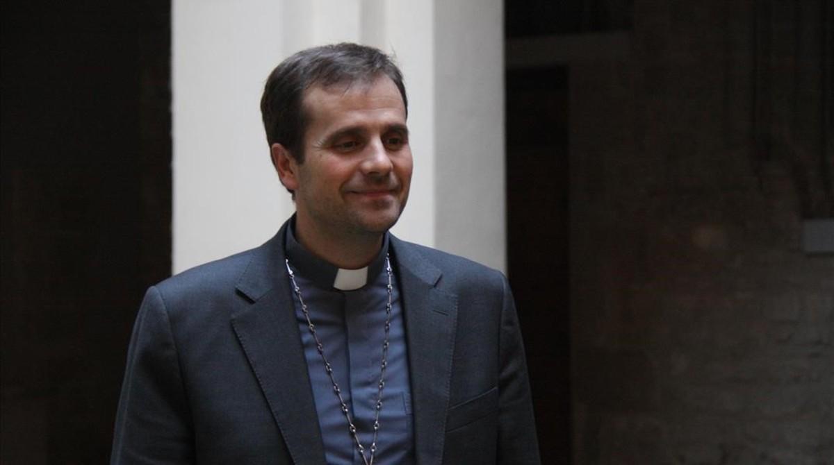 """Cristians homosexuals lamenten """"l'obsessió malaltissa"""" del bisbe Novell contra els gais"""