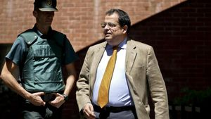Joan Ignasi Elena, que fue portavoz del Pacte Nacional pel Referèndum,tras salir de declarar del cuartel de la Guardia Civil de Barcelona, el pasado 27 de julio.