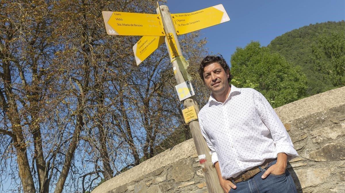 Antonio Aguilera, embajador de la propuesta de crear la figura del Defensor de las generaciones futuras, en Vallfogona de Ripollès.