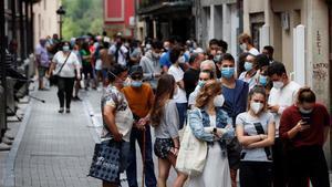 Euskadi limita les sortides a residències i tanca centres de dia i colònies