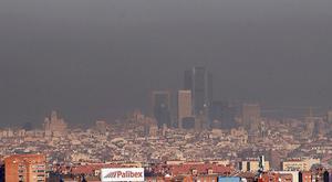 La ciudad de Madrid, cubierta por una boina de contaminación, el 9 de febrero.
