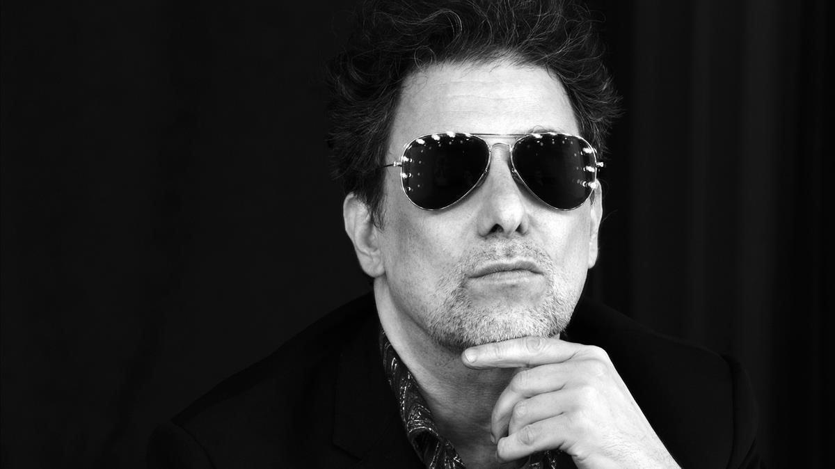 Andrés Calamaro, en una imagen promocional de su nuevo disco.