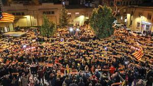 Concentración por la libertad de Oriol Junqueras en su municipio, Sant Vicenç dels Horts, en una imagen de archivo
